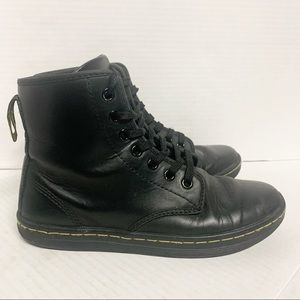Dr. Martans Shoreditch GREASY Black Boots